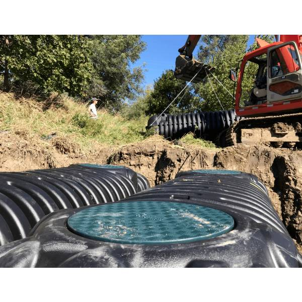 Rainwater collection tank installed underground how to